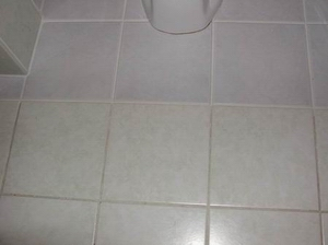 floor-tiles bathroom